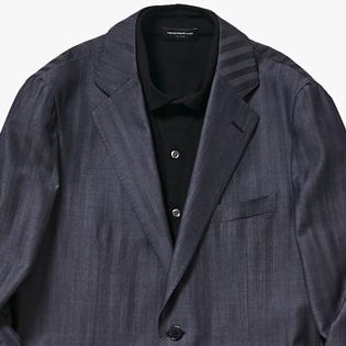 手持ちのジャケットを「トレンドど真ん中」で着こなす方法【1分で出来る胸元お洒落】