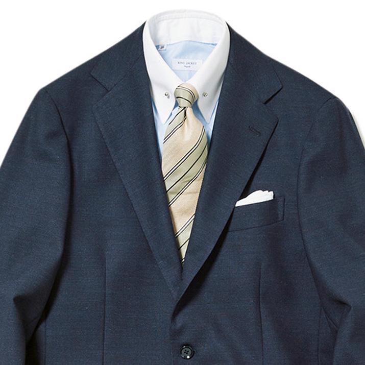 白ベースのネクタイを合わせるコツ【1分で出来る胸元お洒落】