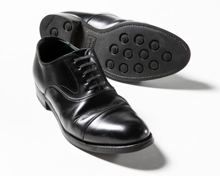 雨でもガシガシ履けるドレス靴