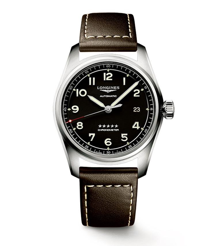 <p><strong>LONGINES / ロンジン<br /> ロンジン スピリット</strong><br /> 伝説の飛行士や探検家の偉業を支えたロンジンの時計や計器。こちらは、それらの特徴的意匠を取り入れながら、現代のクラシックへ進化させた新作。径40mm。自動巻き。SSケース。レザーストラップ。24万8000円(ロンジン) </p>