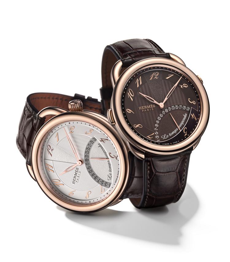 """<figcaption>©Hermès</figcaption><strong>【2001】""""時からの解放""""!?<br /> エルメスらしく時を表現した時間の表示を止める腕時計</strong><br /> エルメスは独自の""""時""""を様々に表現してきた。この「アルソー タンシュスポンデュ」は、9時位置のボタンを押すと時分針が12時近くに集まって、時間が読み取れなくなる仕掛け。時を忘れる腕時計のコンセプトが、非常にユニークだった。</p>"""