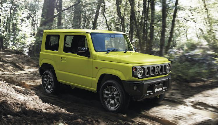 <p>軽自動車の本格SUVのジムニー。最高出力64ps/最大トルク96Nmの660ccターボエンジンを搭載する。価格は145万8000円〜184万1400円。</p>