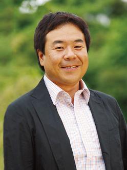 岡崎 五朗さん