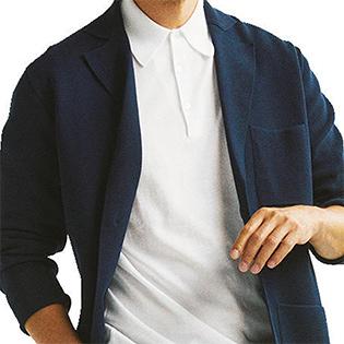 一味違う「白ポロシャツ×紺ジャケット」の着こなしテク【1分で出来る胸元お洒落】