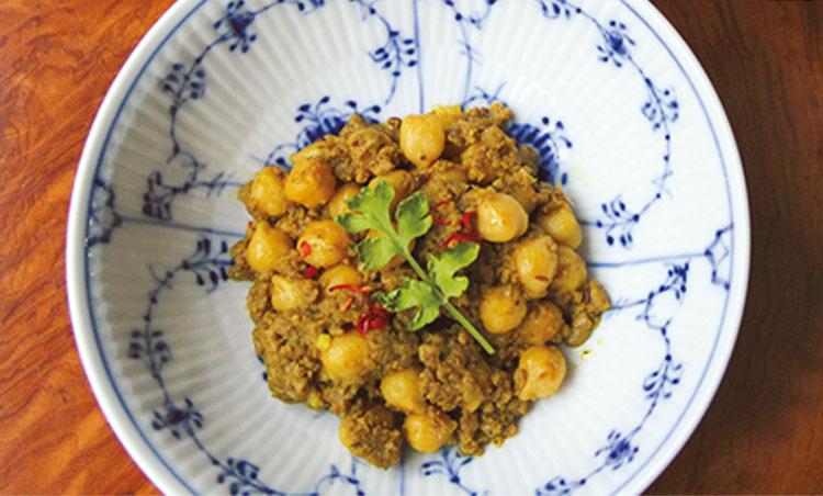 <p>ひよこ豆のキーマカレー</p>