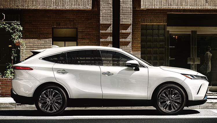 新型「トヨタ ハリアー」登場で歴代モデルの魅力を再検証する