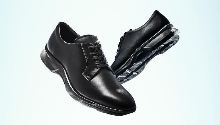 アシックスの「走れるドレス靴」が進化して新登場!