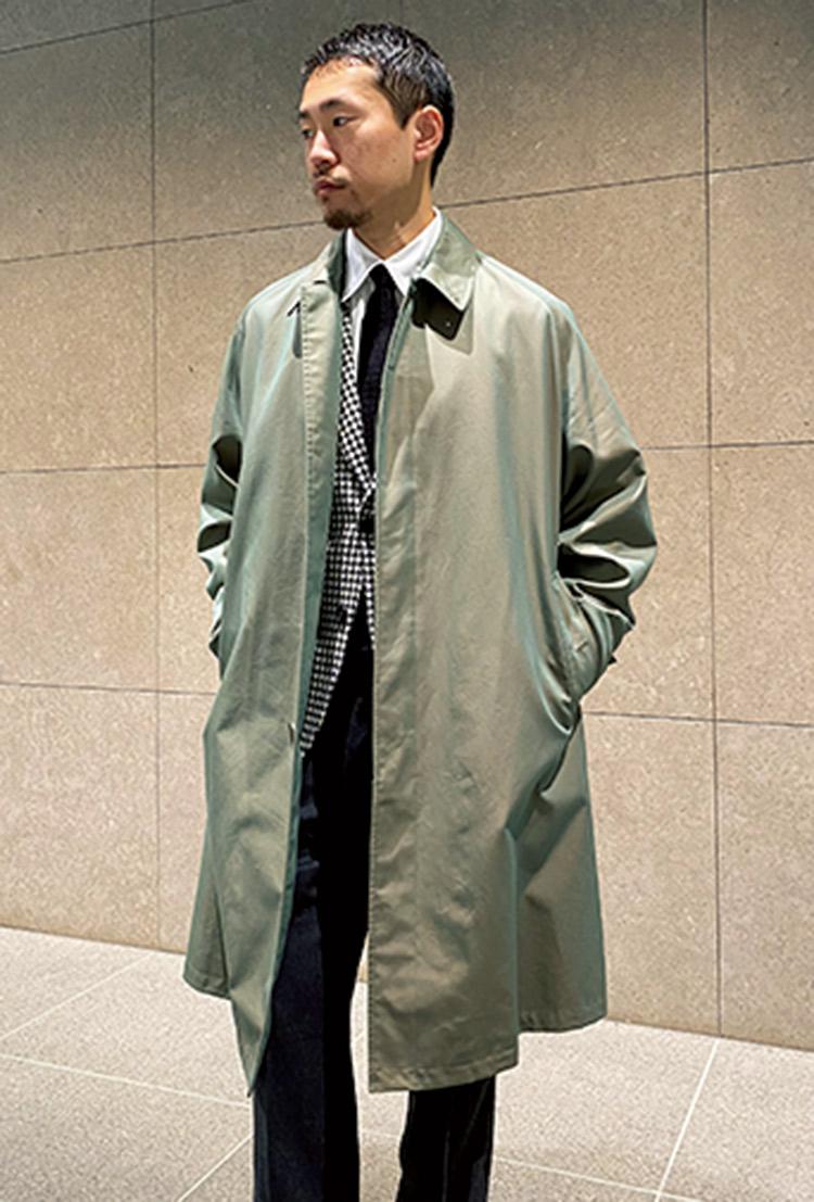 オーベルジュ×ブリッラ ペルイル グストのステンカラーコートのオススメコーデ