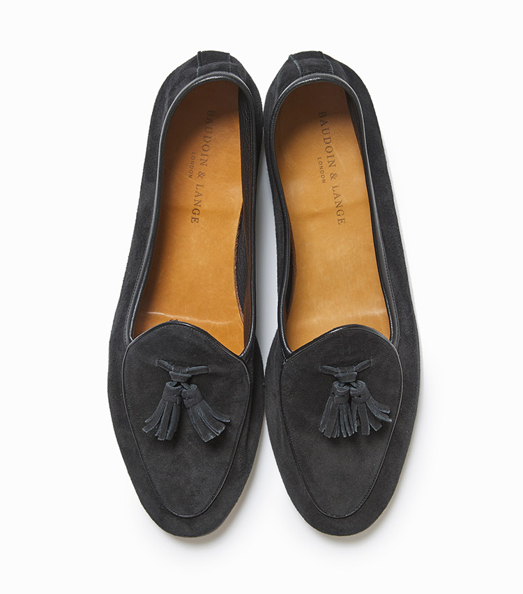 <p><strong>18.ボードイン&ランジのタッセルローファー</strong><br /> ロンドン発のハンドメイドシューズは今、旬な靴ブランドのひとつ。ライニングなしのため柔らかな履き心地で、同時に足元に抜け感ももたらしてくれる。7万6000円(ビームス 六本木ヒルズ)</p>