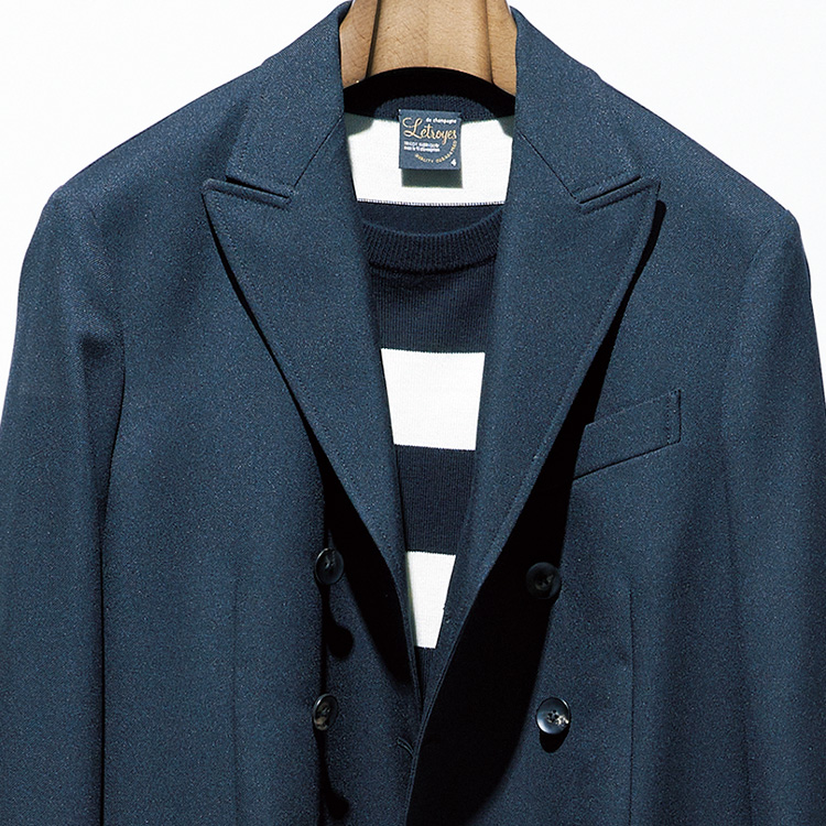 定番「ボーダーTシャツ」の装いを新鮮に見せるには?【1分で出来る胸元お洒落】