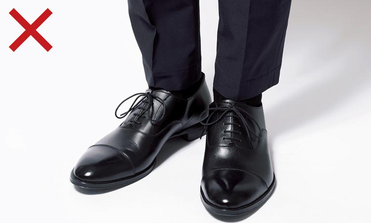 <p>正統すぎるドレス靴</p>