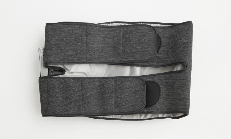 <p>14個のエアーバッグを内蔵。色はブラック他にピンクもあり。ACアダプター電源と単3形電池を使ったコードレス使用の2WAY。オープン価格。医療機器認証番号:301AKBZX00007000</p>