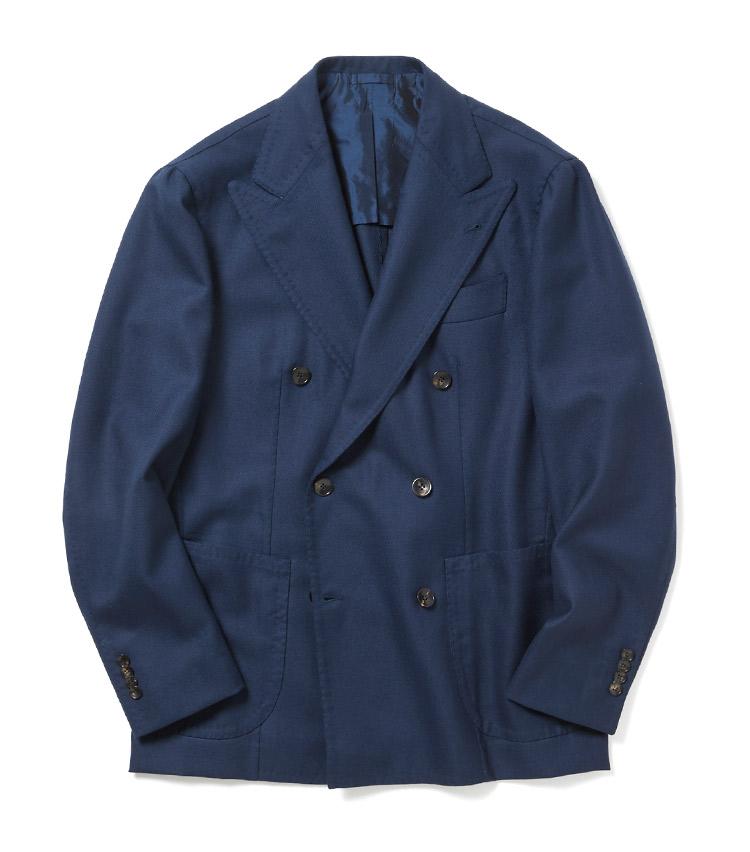 <p><strong>Alfonso Sirica</strong><br /> ナポリスタイルのジャケット、スーツをビスポークと同じ工程を経るハンドメイドで作り上げる最高級サルトブランド。そのジャケットに細かな修正を施し、ビームス別注モデルとして新規展開。「目立たないエレガントなジャケット、ベーシックだからこそ流行り廃りのない本当に良いものがいい。そんな方におすすめしたい一着です。展開数も少ないので絶対に先買いして頂きたいです」。24万8000円(ビームス 六本木ヒルズ)</p>