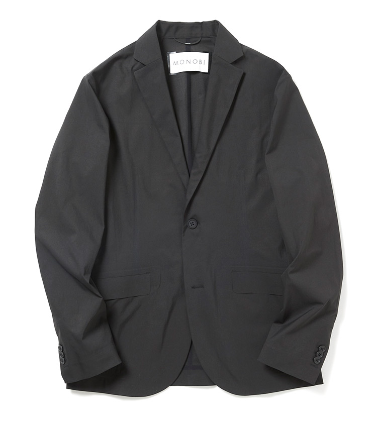 <p><strong>モノビ</strong><br /> イタリア製の高機能素材、ビオテックスを使用したストレッチセットアップの2Bジャケットを単品買い。軽量でガサつかないふわっとした肌触りが特徴で、テクノロジーを凝縮した化学繊維というよりは、ごく軽いコットン製のジャケットを手にしているかのよう。「高機能素材を使用したジャケットは、晩夏から使用でき秋の先取りにピッタリ! セットアップはジャケットだけを単品買いするのも愉しみ方のひとつですね」。6万円(ナノ・ユニバース カスタマーサービス)</p>