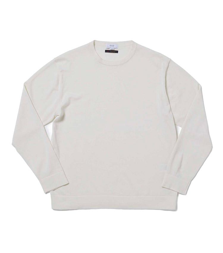 """<p><strong>8.コットンウール クルーネックニット</strong><br /> コットンとウールをブレンドした60番手双糸を14ゲージの天竺で編み立てたクルーネックニット。シンプルなデザインに加え、袋編み出しの袖と裾により、大人の""""ロンT""""感覚で着用できる。季節の端境期に重宝する一枚だ。6800円</p> <p><a class="""