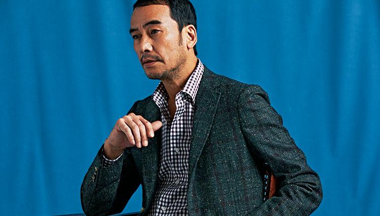 着こなしが難しいチェック柄のジャケット、ナポリブランド「イザイア」の色気に学ぶ