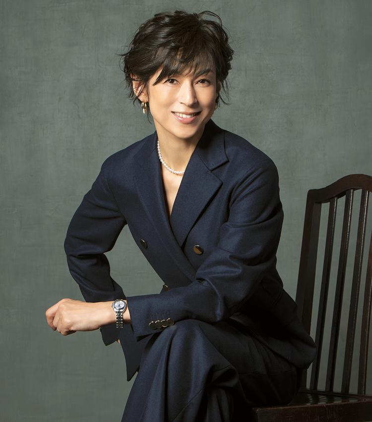 <p><strong>【女優】<br /> 鈴木保奈美(すずき ほなみ)</strong><br /> 1966年生まれ。東京都出身。'84年にデビュー。'91年のTVドラマ『東京ラブストーリー』で大ブレイク。現在NTVドラマ『35歳の少女』に出演中。2021年1月8日公開の映画『おとなの事情~スマホをのぞいたら~』に出演予定。</p>