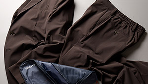 ストラスブルゴのイチ押しは「ラルディーニのストレッチスーツ」