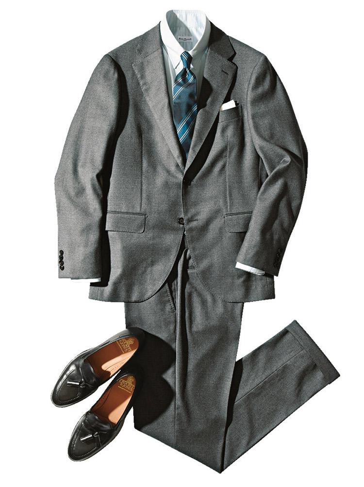 グレースーツの着こなしfor BUSINESS
