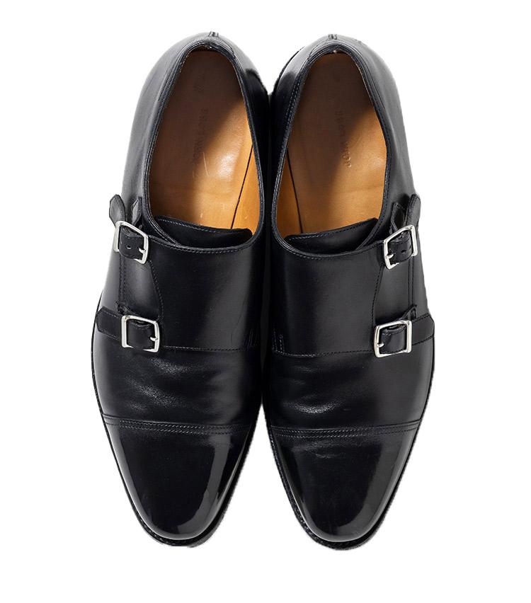 <p><strong>31.ジョンロブのダブルモンクシューズ</strong><br /> オンとオフの境が曖昧な今、ダブルモンクの最高峰ウィリアムの存在感は増すばかり。アビエーターブーツを出自としながら、ドレス顔に仕立てた1足と聞けば納得。現代におけるヘビロテ靴を象徴するモデルだ。18万8000円(ジョン ロブ ジャパン TEL03-6267-6010)</p>