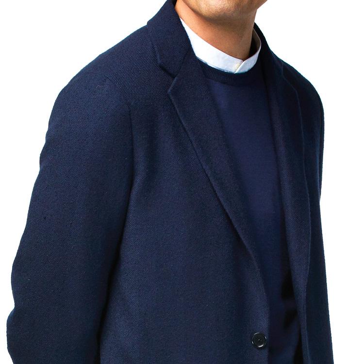 フランクなジャケットの装いで清潔感を保つには?【1分で出来る胸元お洒落】