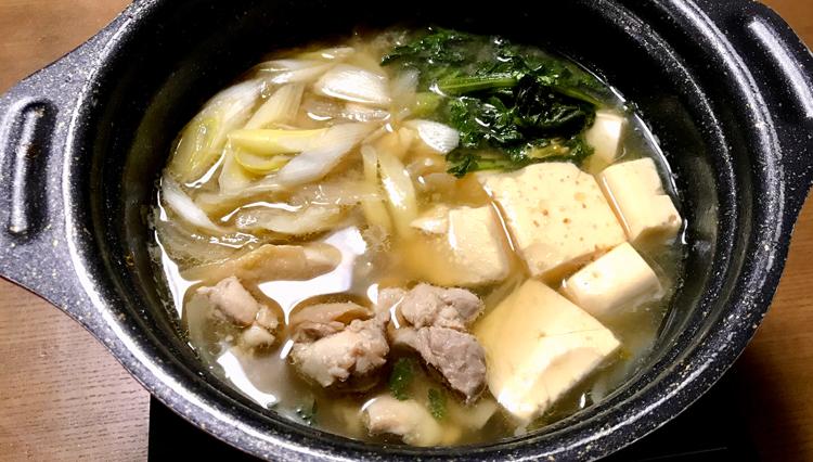 寒い日の熱燗に最高!「鳥豆腐」と「手羽元煮物」