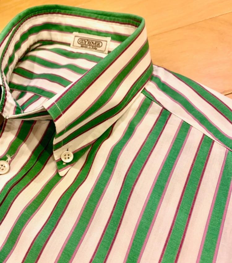<p>鮮やかなグリーンによく見るとピンクとパープルが入っているという、アメリカのBDシャツにはなかなか見られないイタリア的な配色が新鮮。</p>