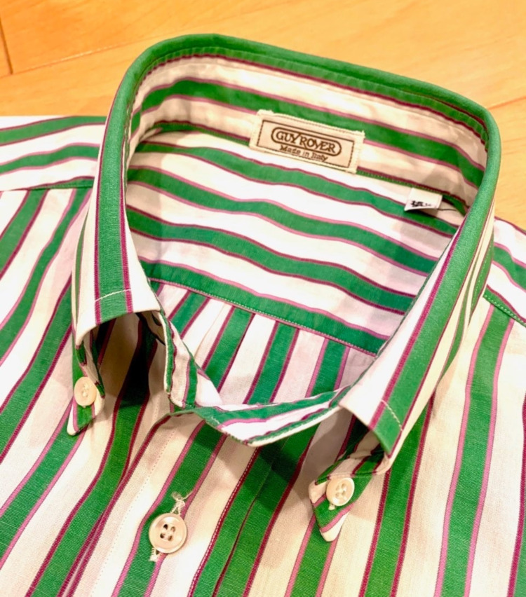 <p>美しいBD襟のロールは、ギ ローバーならでは。</p>