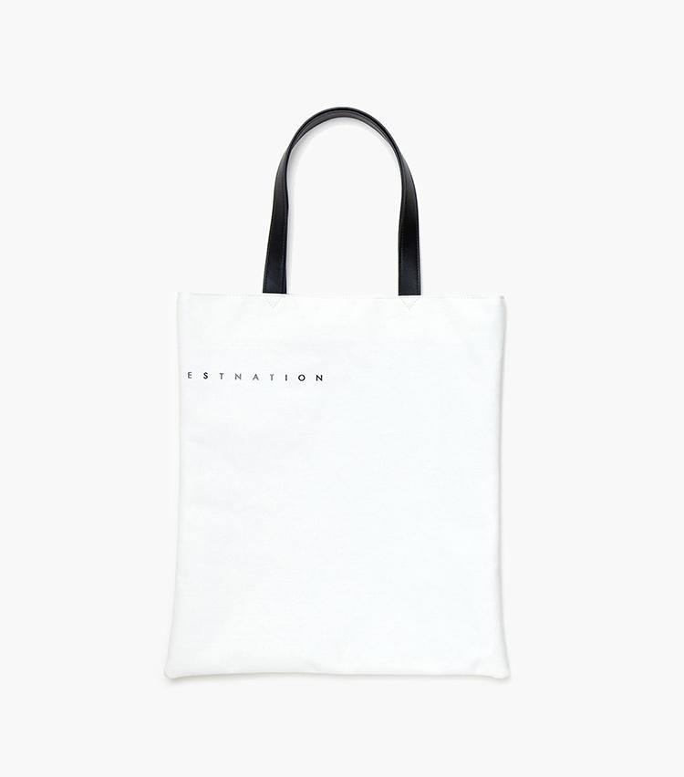 <p><B>先着でノベルティグッズのプレゼントも!</B><br /> 税込み1万円以上の購入で、トートバッグをプレゼント。さり気なくESTNATIONのロゴデザインを刻印したこちらは、エコバッグとしても優秀。数量限定なのでお早めに。</p>