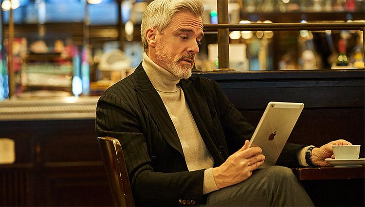テレワーク時のオンライン会議で「何を着るか問題」を解決するアイテムとは?