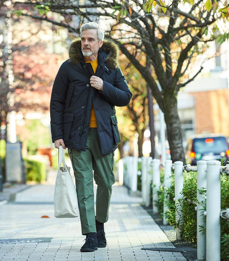<p><strong>【BEST1】野暮ったくならない「ダウンアウター」の着こなし方は?</strong></br>全31日間のコーデの中、最も人気が高かったのがこちら。今の時季にぴったりなダウンアウターを用いた休日カジュアルコーデだ。野暮ったくなりがちなダウンアウターをいかに都会的に着こなすか、スタイリングで合わせるアイテムの選び方を知ってほしい。</p> <p><a href=