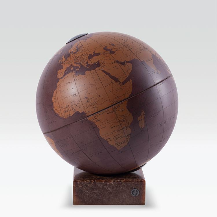 <p>ハンター 地球儀6万4400円</p>