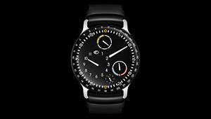 世界初、機械式時計の内部に35.7mlのオイルを充填!?【超弩級 複雑腕時計図鑑】