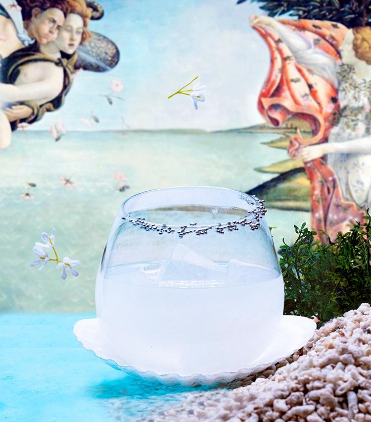 <p>サンドロ・ボッティチェッリの作品をモチーフとした「Venus」2000円(税サ別)</p>