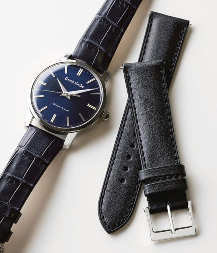 グランドセイコーの時計とカーフレザーのベルト