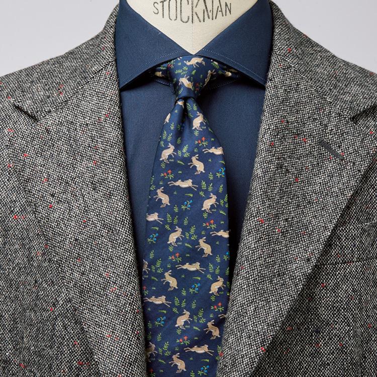 個性的な柄のネクタイを上手く取り入れるには?【1分で出来る胸元お洒落】