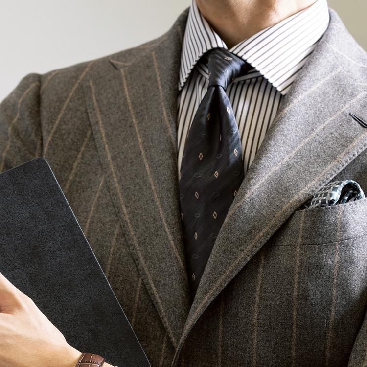 柄物同士のスーツ×シャツ×タイの合わせ方は?【1分で出来る胸元お洒落】