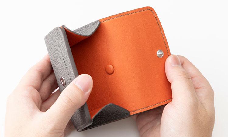 <p>《メゾンタクヤ/コイン室》<br /> コインポケットは外付けで、コインの支払いがスムーズ。</p>