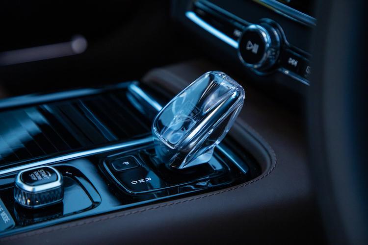 <p>VOLVO V90 RECHARGE PLUG-IN HYBRID T8 AWD INSCRIPTION</p>