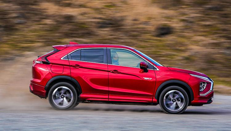 スポーティな走りの新世代SUV、三菱エクリプスクロス。PHEVを選ぶメリットは?
