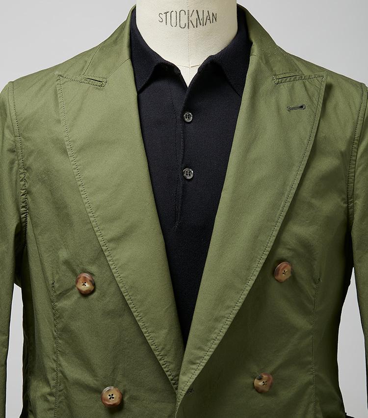 """<p><strong>トレンドのグリーンも黒ポロなら簡単にまとまる</strong><br /> 色合いといい、生地感といい、かなり今っぽい一着だ。これをより旬に着こなすなら、洒落者の間で流行りの """"ネロ・エ・ヴェルデ(黒×緑)""""に頼ろう。一見難しいグリーンも落ち着いて見える。ジャケット5万8000円/バグッタ(トレメッツォ) ※ポロシャツは上の画像[左]と同じ。</p>"""