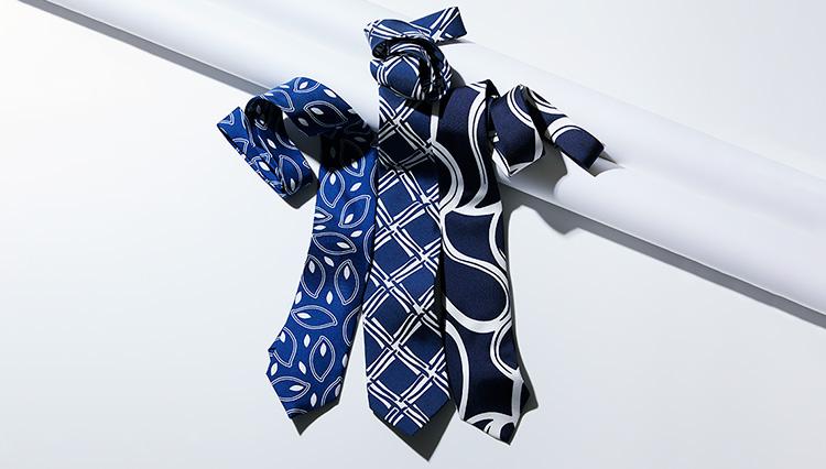 2021年春夏ネクタイ1本買うなら、迷わず「大胆な青白」を選ぶべし!