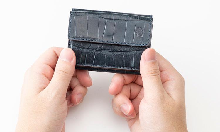 <p>《フェリージ/サイズ感》<br /> ジャケットやパンツのポケットにもスマートに収まる。</p>