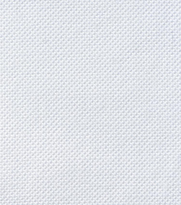 <p><strong>4.オックスフォード</strong><br /> 太番手の糸を使用し、ふっくらと厚みがある。通気性に優れドライなタッチが特徴で、ボタンダウンシャツの定番。</p>