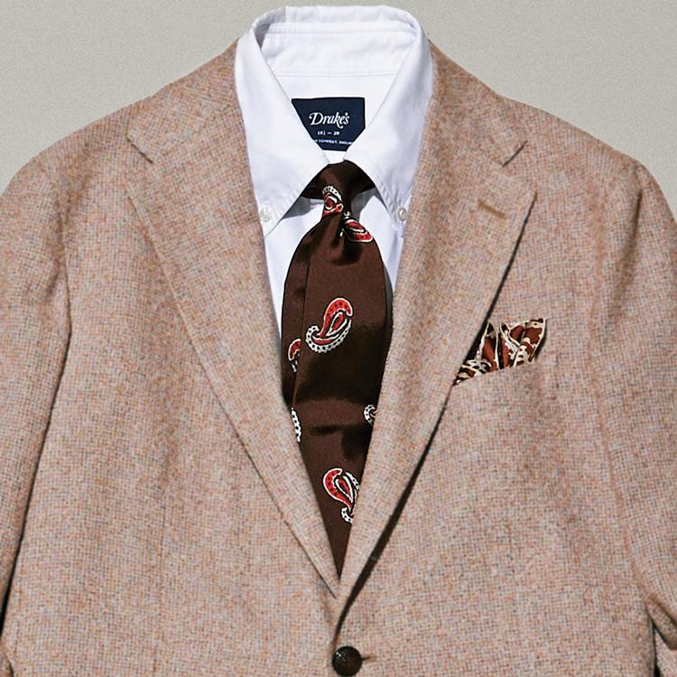ミドルエイジの色気のあるジャケットの装いは?【1分で出来る胸元お洒落】