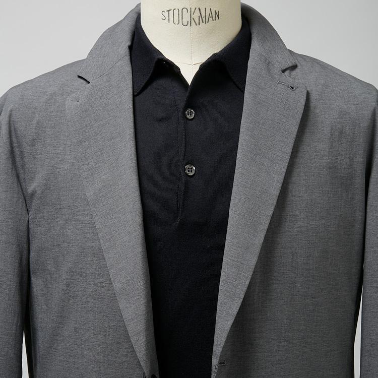 軽量ジャケットを大人らしく着るコツ【1分で出来る胸元お洒落】