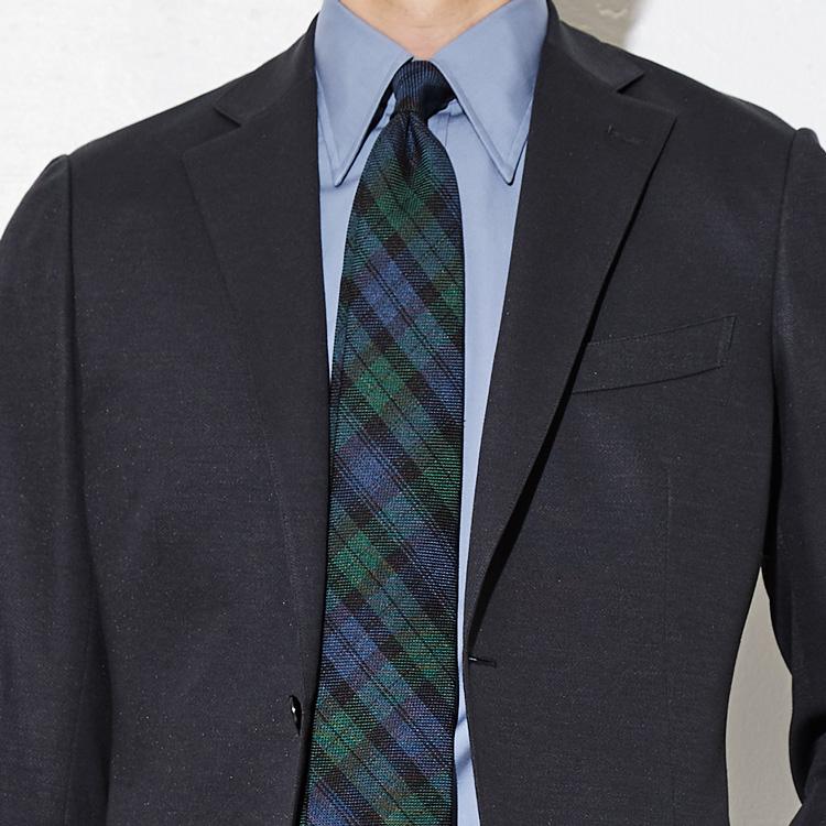 ネクタイの柄で親近感を持たせるには?【1分で出来る胸元お洒落】