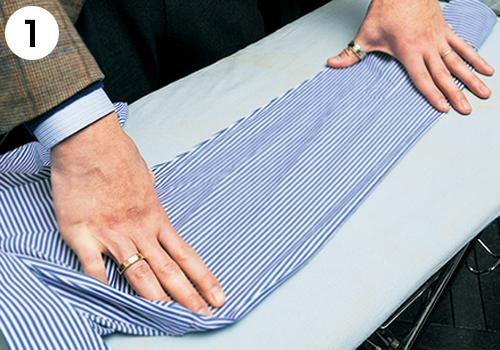袖を縫い線のところでぴったり揃える