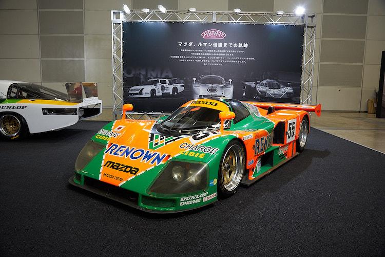 <p>主催者テーマ展示「マツダ、ルマン優勝までの軌跡」のマツダ 787B。マツダの技術の結晶であるロータリーエンジンを搭載している。確実なパフォーマンスと信頼性の高さで、日本車初のルマン優勝を飾った歴史的1台だ。</p>