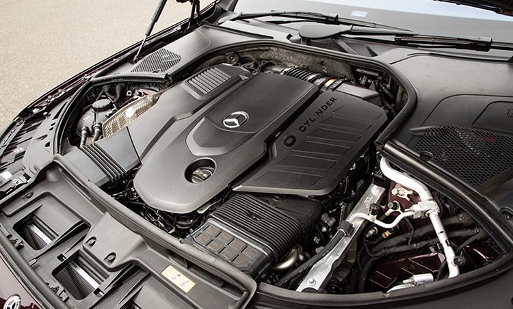 <p>S 400 d 4MATICが積むエンジンは3ℓのディーゼルで、他に3ℓ直6のガソリン(S 500)も用意される。</p>